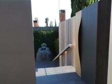 Puerta de acceso para residencia privada