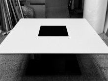 Aine meeting table