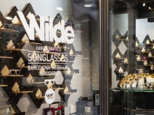 Wilde Sunglasses store displays